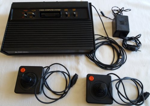 atari unit psu joysticks.jpg