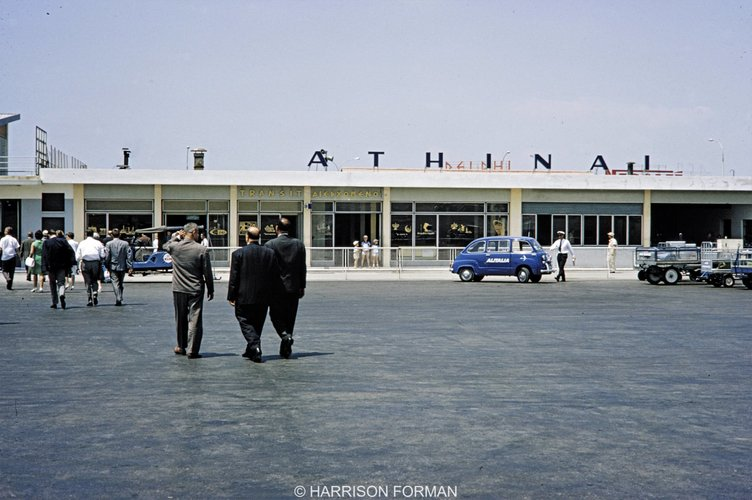 αεροδρόμιο του Ελληνικού 1960 Harrison Forman 3.jpg