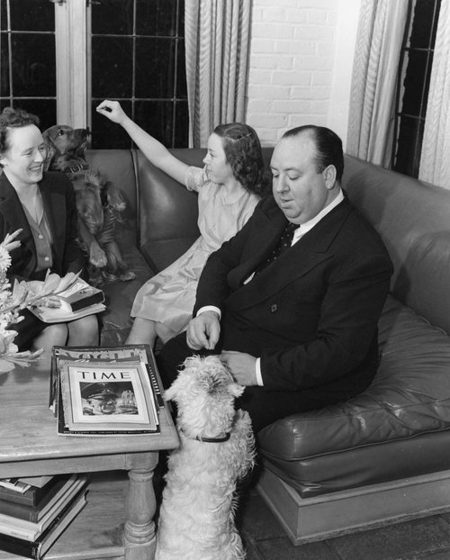 Alfred-Pat-Hitchcock-Alma-Reville-with-Begging-Sealyham-Terrier.jpg