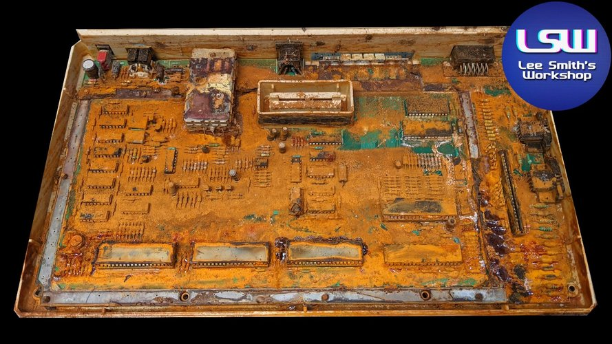 Cleaning & rebuilding the Atari Acid800XL. Extreme restoration X 1000 , but will it work _ (10...jpg
