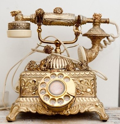 gold-old-fashioned-phone-princess-Favim.com-593996.jpg