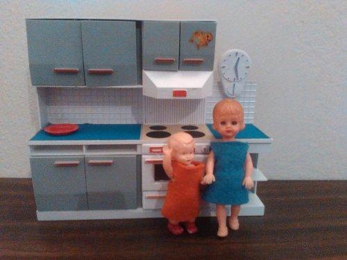 MODELLA-dolls-60s.jpg