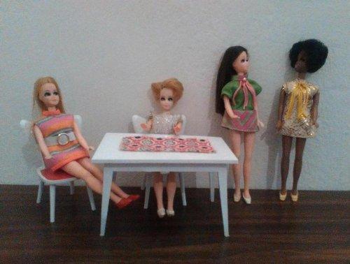 MODELLA-Topper Dawn-dolls.jpg