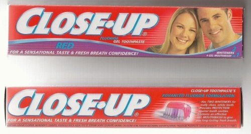 Close_Up_Toothpaste.jpg