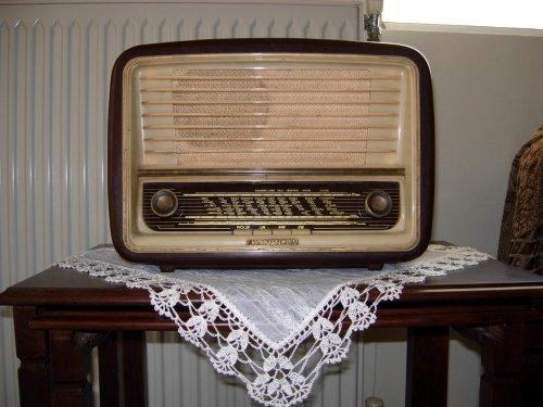 παλια ραδιοφωνα Telefunken seleukos36.jpg