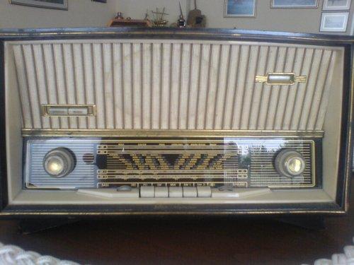 παλια ραδιοφωνα Scaub Lorenz 1 Kambia.jpg